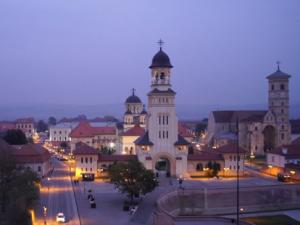 Alba Iulia at night