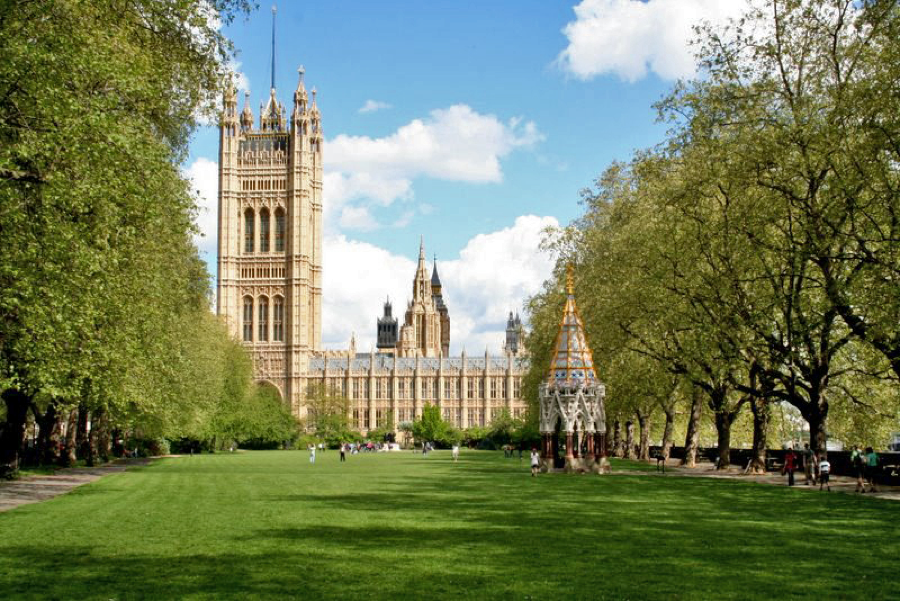london-4-victoria-tower-gardens